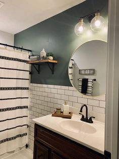 Here you will discover bathroom decoration on a budget, ideas for small bathrooms, guest master bathroom design some ideas and diy bathroom decoration BathroomRemodel BathroomIdeas BathroomDesign Guest Bathrooms, Bathroom Renos, Bathroom Ideas, Bathroom Makeovers, Remodled Bathrooms, Backsplash Ideas Bathroom, Bathroom Renovations, Bathroom Storage, Guest Bathroom Colors
