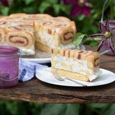 Ananas-Biskuitrollen-Torte – sie verlangt Können, aber garantiert Genuß pur! Sollten wider erwarten Reste bleiben, einfach einfrieren.