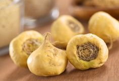 One of the most amazing maca benefits is its effectiveness as a safe, natural remedy for low libido in women, according to recent studies. To use maca successfully, however, you need to get the dosage right and stick with it for at least six weeks. Cold And Cough Remedies, Natural Remedies, Natural Herbs, Natural Health, Herbs For Energy, Maca Pulver, Sante Bio, Nutrition, Hormone Balancing