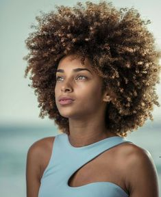 Girls Natural Hairstyles, Afro Hairstyles, Pretty Hairstyles, Kinky Curly Hair, Curly Hair Styles, Natural Hair Styles, Cabelo 3c 4a, Natural Hair Inspiration, Natural Curls