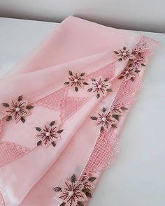 2019 Most Beautiful Dowry Needlework Lace – Hijab Clothing & Fashion Bead Embroidery Tutorial, Beaded Embroidery, Hand Embroidery, Knitted Poncho, Knitted Shawls, Hijab Tutorial, Needle Lace, Sweater Design, Knitting Socks