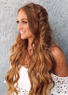 Gorgeous Fishtail Braids for Long Hair You Must Try in 2020 | Voguetypes Braided Hairstyles For Wedding, Modern Hairstyles, Latest Hairstyles, Long Hairstyles, Knot Braid, Fishtail Braids, Hair Knot, Long Layered Hair, Braids For Long Hair