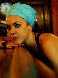 Isabelle Geffroy (Zaz) - Down to earth and passionate. Born on May Tours, France Divas, French Class, Isabelle, Sing To Me, Serbian, Famous Celebrities, Special People, My People, No One Loves Me