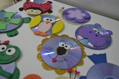 Old Cd Crafts, Cup Crafts, Foam Crafts, Crafts To Do, Arts And Crafts, Summer Crafts For Kids, Christmas Crafts For Kids, Art For Kids, Wine Cork Birdhouse