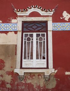 Window, Faro, Portugal