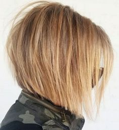 60 Layered Bob Styles: Modern Haircuts with Layers for Any Occasion - Disheveled Angled Caramel Blonde Bob - Angled Bob Haircuts, Short Layered Haircuts, Layered Bob Hairstyles, Modern Haircuts, Short Angled Bobs, Bobs For Thin Hair, Short Hair With Layers, Short Hair Cuts, Thick Hair