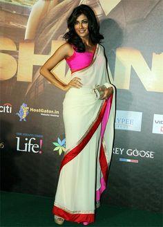 Chitrangada-Singh in beautiful white saree with pink blouse