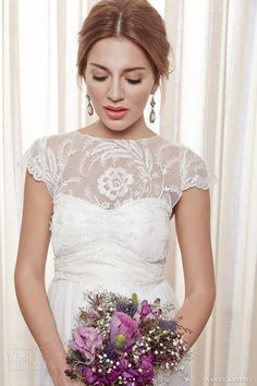 anna campbell bridal 2013 2014 fleur wedding dress cap sleeve close up