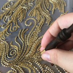 The Latest Trend in Embroidery – Embroidery on Paper - Embroidery Patterns Hand Embroidery Dress, Bead Embroidery Patterns, Tambour Embroidery, Embroidery On Clothes, Couture Embroidery, Paper Embroidery, Embroidery Fashion, Hand Embroidery Designs, Types Of Embroidery