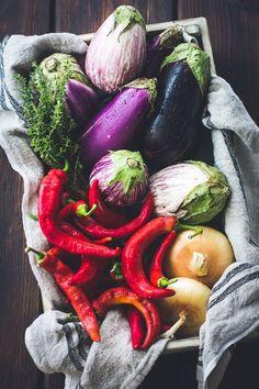いくらダイエットしてもぽっこりお腹が解消できないという方のために、18日目の今回は、超基本の食事改善から体幹トレーニングまでまとめて紹介します。
