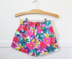 Floral Jean Shorts Vintage 80s 90s 25 x 2 by GoodNPlentyVinty, $24.99