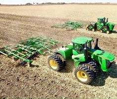 Most Crazy Farm John Deere - New Holland - Massey Ferguson Jd Tractors, John Deere Tractors, John Deere Combine, Crop Farming, John Deere Equipment, Heavy Equipment, New Tractor, Antique Tractors, Engin