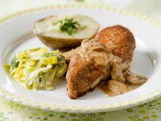 Kip met prei en aardappel in de schil - Libelle Lekker!