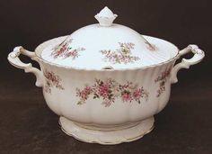 Royal Albert Lavender Rose Soup Tureen