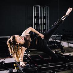 Lagree ist der Fitness-Trend aus Los Angeles, der für schöne Muskeln am ganzen Körper sorgt. Wir verraten alle Fakten rund um das Workout.