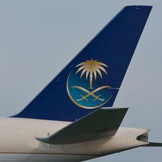Saudi Arabian Airlines Boeing 777-268 (ER) HZ-AKI