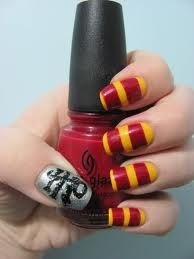 Harry Potter nails...except mine would definetly be Slytherin colors!