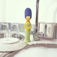 The Simpsons Marge Washing Up Brush / Now you can have Marge Simpson helping clean dirt and dishes in your kitchen, courtesy the Simpsons Marge Washing Up Brush. No matter how much grease and icky stuff your own Homer and Bart leave on the dishes, Marge will always be there to keep the dishes spotless clean and shining like new. http://thegadgetflow.com/portfolio/simpsons-marge-washing-brush/