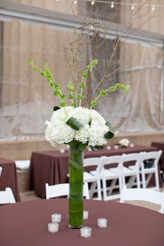 brocade designs nashville wedding florist tall centerpiece