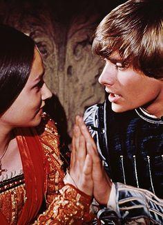 Romeo & Juliet VHS UK Import: Olivia Hussey,