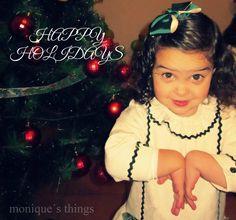 Vestido niña.Villela labrada y terciopelo por Moniquesthingsshop en Etsy. https://www.etsy.com/es/listing/213886570/vestido-ninavillela-labrada-y?ref=shop_home_feat_1