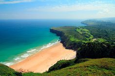 One of the lesser-known Costas, Costa Verde is well worth exploring. Boasting, as it does, some of the most beautiful beaches in Spain. Places To Travel, Places To Visit, Destinations, Spain Holidays, Destin Beach, Most Beautiful Beaches, Andalusia, Great Places, Amazing Places