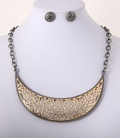 Lux Two Tone Filigree Moon Plate Necklace Set.