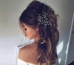 Cabelo de Noiva Semi Preso | 40 Opções para Escolher a Sua!