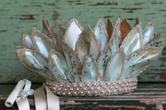 Robin's Egg Paper Leaf Faery Crown Headdress, Headpiece, Paper Hats, Clam Shells, Crown Party, Invisible Crown, Rainy Day Crafts, Diy Crown, Princess Crowns