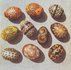 kiausiniai  Easter eggs - margučiai - comprise a special type of Lithuanian folk art.