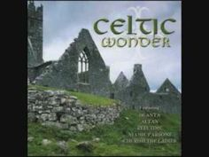 Celtic Wonder-The Briar and the Rose (+lista de reprodução) Pagan Music, Celtic Music, Folk Music, Film Music Books, Music Songs, Music Videos, The Water Is Wide, Irish Songs, Irish Celtic