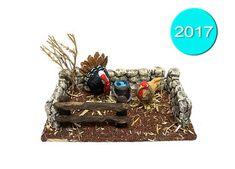 Página web de Alicia Torres, creadora de belenes artesanos. Nativity Crafts, Diorama, Diy, Imagines, Christmas Ornaments, Holiday Decor, Animal, Home Decor, Daycares