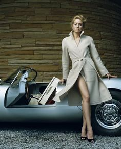 Naomi Watts & Porsche Spyder - Vanity fair shoot
