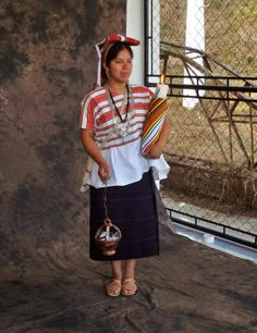 Traje de San Juan Ostucalco, Quetzaltenango.