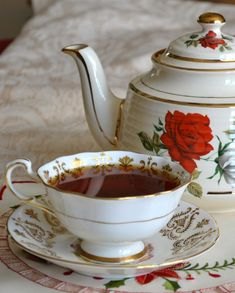 Artful Affirmations: Tea Cup Tuesday-Christmas Tea