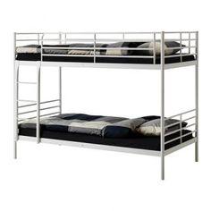 Se vende Estructura de litera metalizada Ikea serie Tromsö.  Longitud: 208 cm.  Ancho: 97 cm.  Altura: 159 cm.  Largo del colchón: 200 cm.  Ancho del colchón: 90 cm.  BARCELONA €75