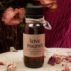 LOVE MAGNET OIL - Attract New Friendships & Romantic Partners with this Attract Love Ritual Oil