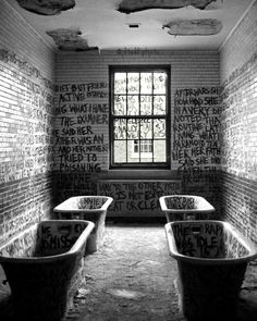 Abandoned Asylum - Manteno State Hospital, Illinois