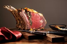 A juicy, beautifully pink rib roast is one of the most impressive dishes imaginable for a holiday spread. (It's also one of the most expen. Rib Roast Recipe, Roast Recipes, Roast Beef, Cooking Recipes, Cooking Food, Crowd Recipes, Dinner Recipes, Roast Duck, Savoury Recipes
