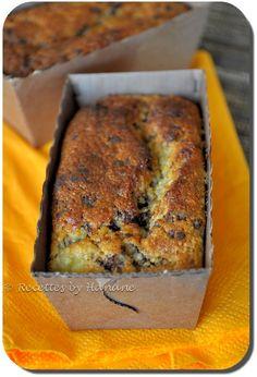 Des mini cakes à la banane sans farine, moelleux et parfumés à souhait ! Pour 6 mini cakes 2 œufs 80g de sucre 70g de poudre d'amande 70g de chapelure (ou de la farine, dans ce cas la texture du cake ne sera pas la même) 40g de beurre fondu 3 cuil. à...
