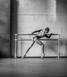Ballerina Expresses Raw Emotions through Portraits of Delicate Dance Movements…