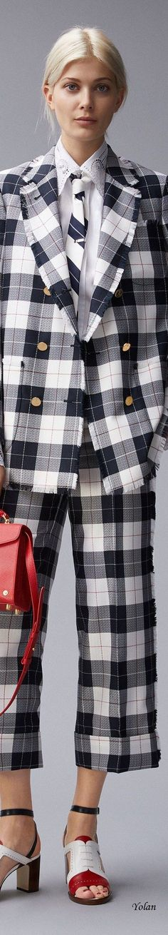 Thom Browne - Resort 2018 Scottish Plaid, Tomboy Chic, Business Women, Business Lady, Thom Browne, Tartan Plaid, White Fashion, Cropped Pants, Fashion Addict