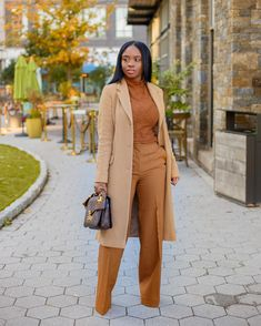 Nude Outfits, Classy Outfits, Stylish Outfits, Fall Outfits, Fashion Outfits, Capsule Outfits, Black Girl Fashion, Work Fashion, Mode Kylie Jenner