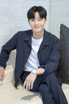 What's Wrong With Secretary Kim-Park Seo-joon_KDrama-Subtitle Witch's Romance, Park Seo Joon, Seo Kang Joon, Asian Actors, Korean Actors, Lee Tae Hwan, Romantic Doctor, Park Min Young, Kim Jisoo