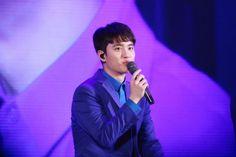 D.O - 160401 Lotte World 'EXO's Secret Night' Credit: Januaryx12. (롯데월드 '엑소의 시크릿한밤')