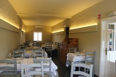 """O restaurante Tomba Lobos abriu no dia 10 de junho de 2014, assinalando o regresso a """"casa"""" do chefe José Júlio Vintém. Em plena Serra de São Mamede, em Portalegre, a boa gastronomia alentejana, seja"""