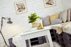 http://www.carolina-toledo.com/2014/10/ideas-para-decorar-con-palets.html