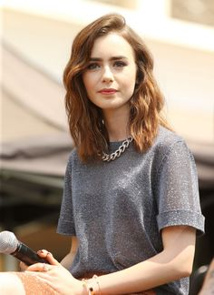 lily-collins-at-the-mortal-instruments-city-of-bones-meet-and-greet-in-glendale_2.jpg (1200×1648)