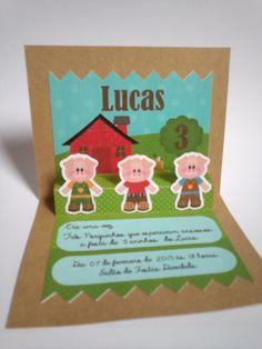 Convite 3D - Os Três Porquinhos  Tamanho fechado: 8,5x10cm  R$ 4,00 cenarium.arte@hotmail.com