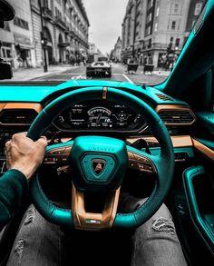 Lamborghini Urus Interior, Best Lamborghini, Lamborghini Diablo, Lamborghini Veneno, Custom Lamborghini, New Range Rover Sport, Chrome Cars, New Luxury Cars, Futuristic Cars